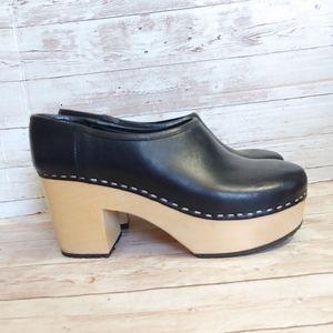 Swedish Hasbeens Betten black clog booties